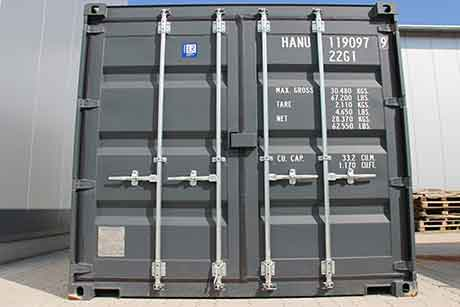 Intermediate storage of moisture-sensitive parts in containers